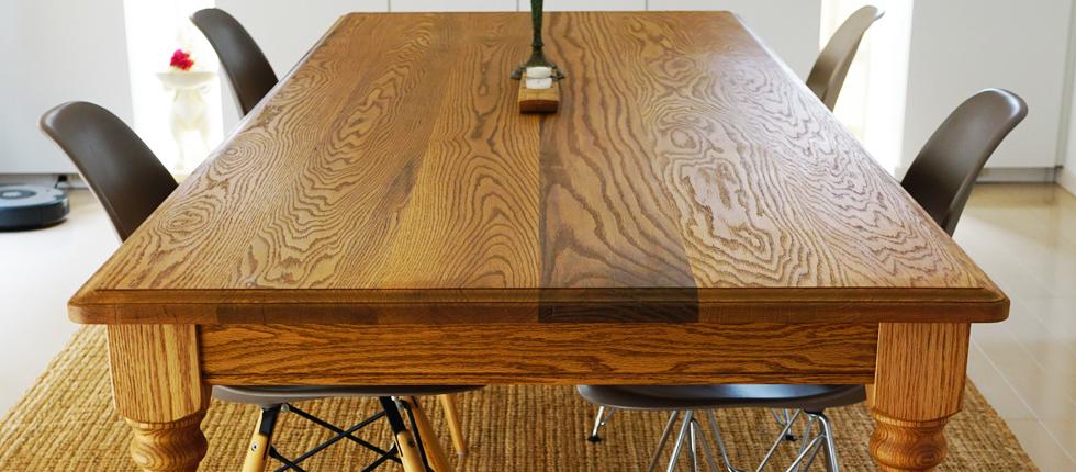 W2000を超す大きなダイニングテーブルのオーダーも任せ下さい。大阪の無垢家具工房Grace Furniture