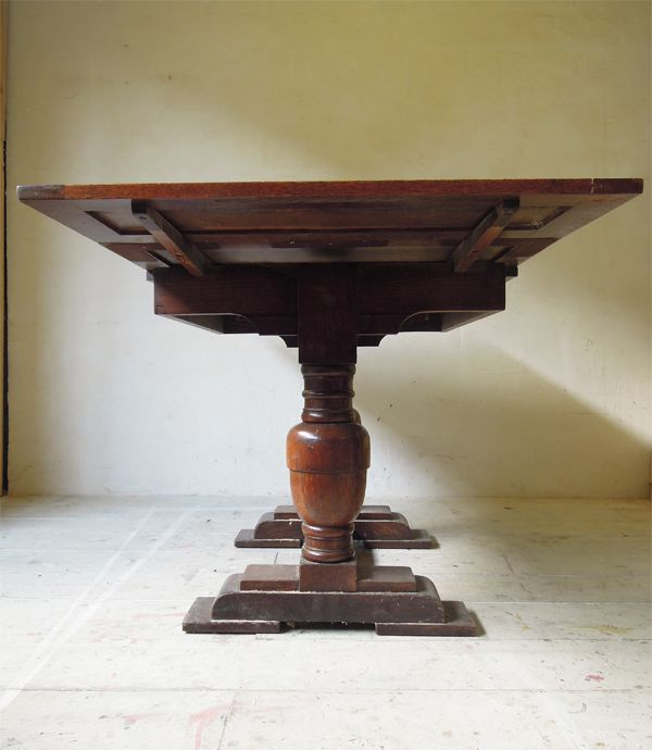 アンティークダイニングテーブル