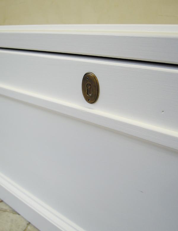 真鍮鍵穴,おもちゃ箱