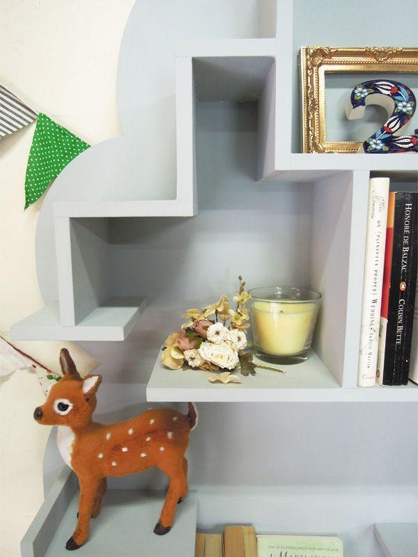 ディスプレイシェルフ、ツリー型本棚