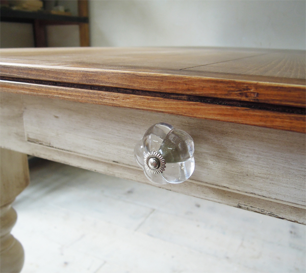 ガラスノブ引出し付きテーブル