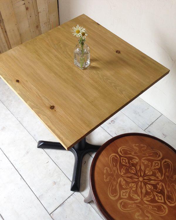 業務用鉄脚テーブル、ナチュラルテイスト