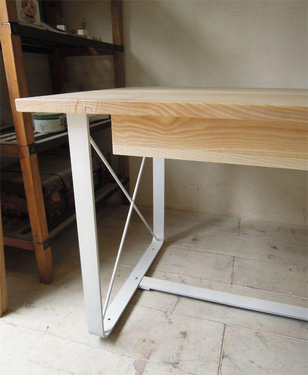 ホワイト塗装アイアンテーブル
