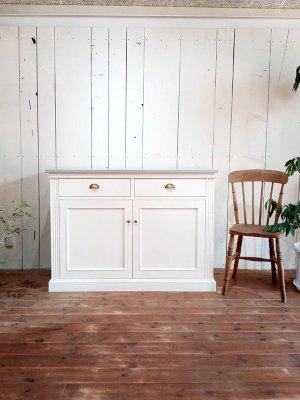 フランス家具をモチーフにしたオーダーメイド家具はグレイスファニチャーにお任せ下さい!