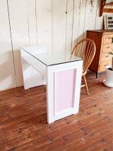 ガラストップネイルテーブルピンク