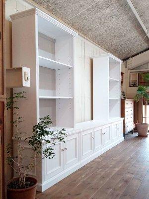 憧れの壁面収納家具、洋書スタイルインテリアを実現するオーダーメイド家具店