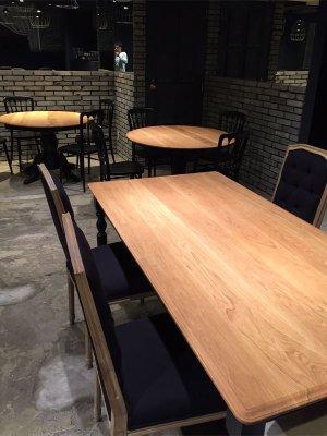 大阪のフレンチビストロにお納めしたW1800ダイニングテーブル