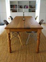 W2400レッドオーク・ターンドレッグダイニングテーブル