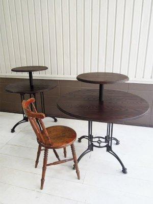 靴や雑貨のディスプレイに最適の2段ラウンドテーブル