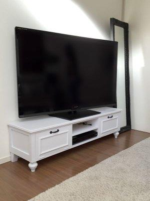 W1500サイズのグレーテレビボード、パイン材製