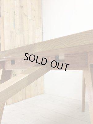 エクステンション天板を足す伸長式テーブル