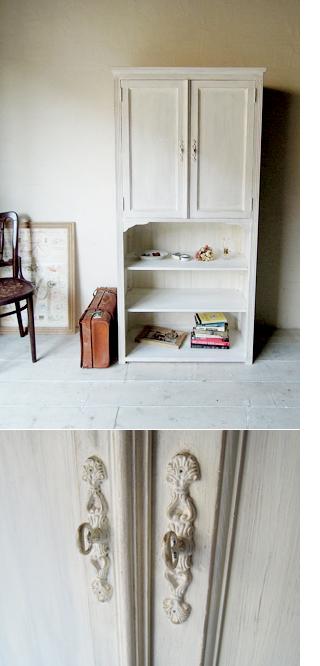 フランスアンティーク家具風ブロカントキャビネット
