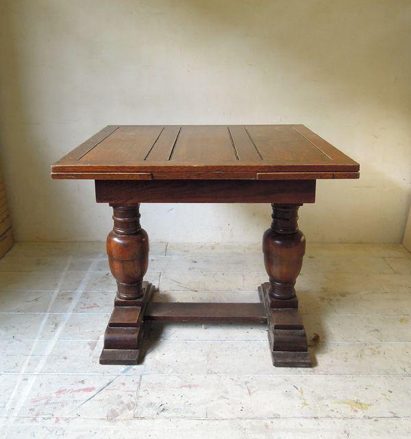 アンティークドローリーフテーブル