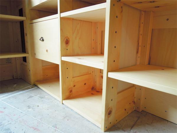 高さ調整可動棚板,固定棚