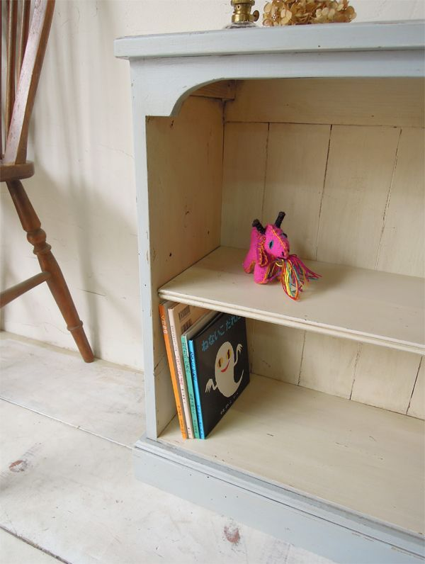 奥行の薄い本棚、オーダーメイド