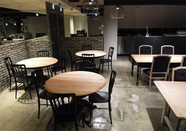飲食店,レストラン,ラウンドテーブル