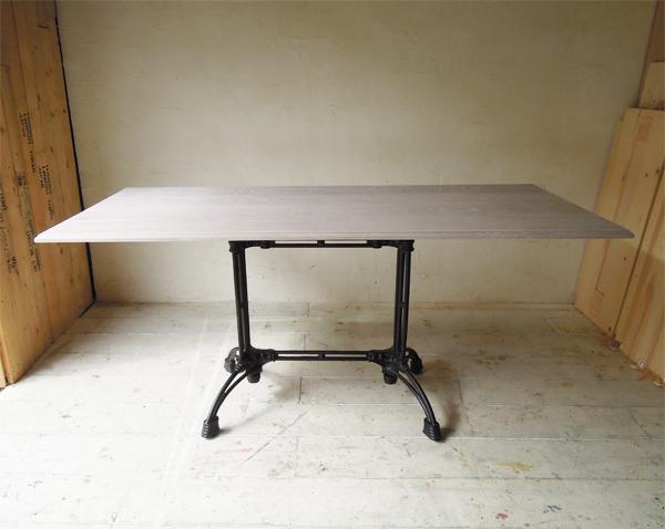 店舗什器,鉄脚テーブル