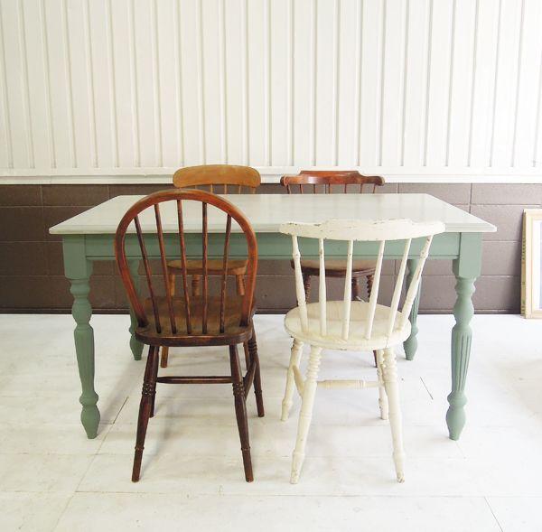 南仏ブロカントをイメージしたダイニグテーブル