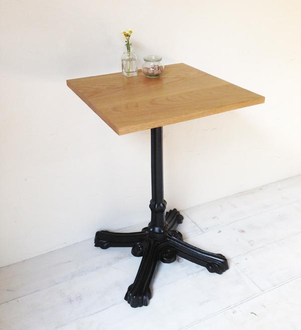 飲食店・カフェの鉄脚テーブル600角、サイズオーダー無垢板オーク