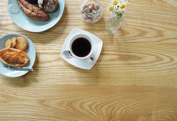 カフェ向け鉄脚テーブル大阪東京