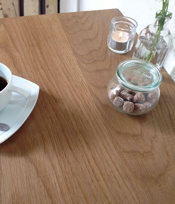 オーク材業務用テーブル・水に強い