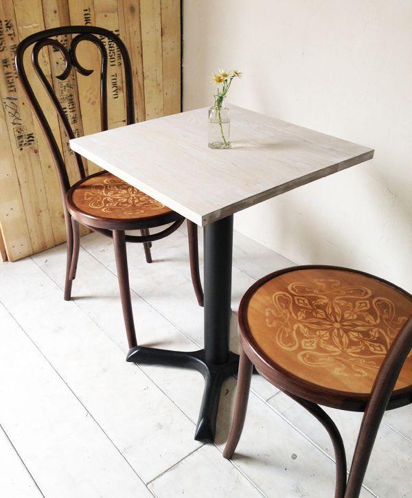業務用テーブル、シャビーホワイト