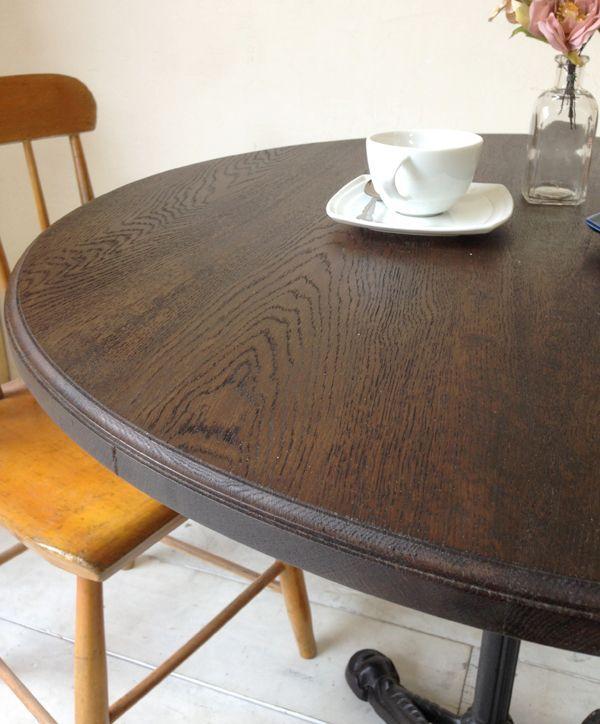 エッジ加工した鉄脚テーブル