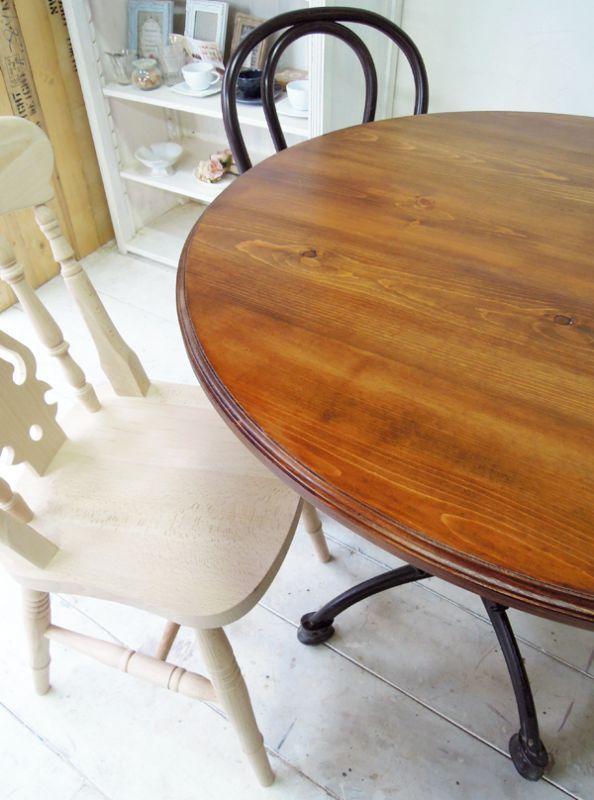 パイン材ラウンドテーブル,無垢板