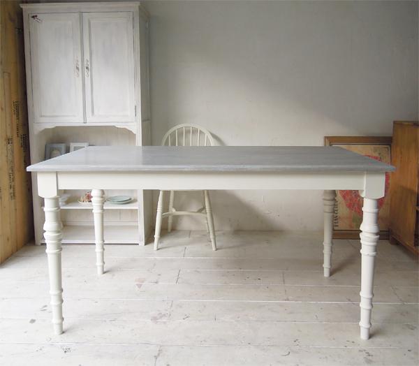 洗練インテリア,スリムダイニングテーブル