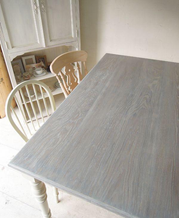 ホワイト家具ダイニングテーブル