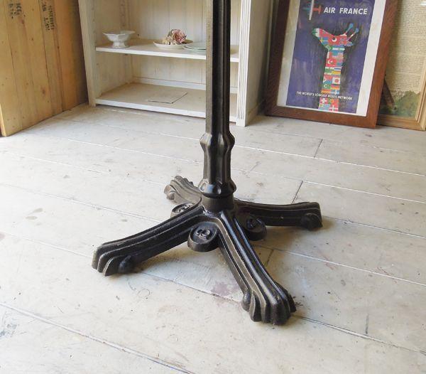 業務用鉄脚テーブル