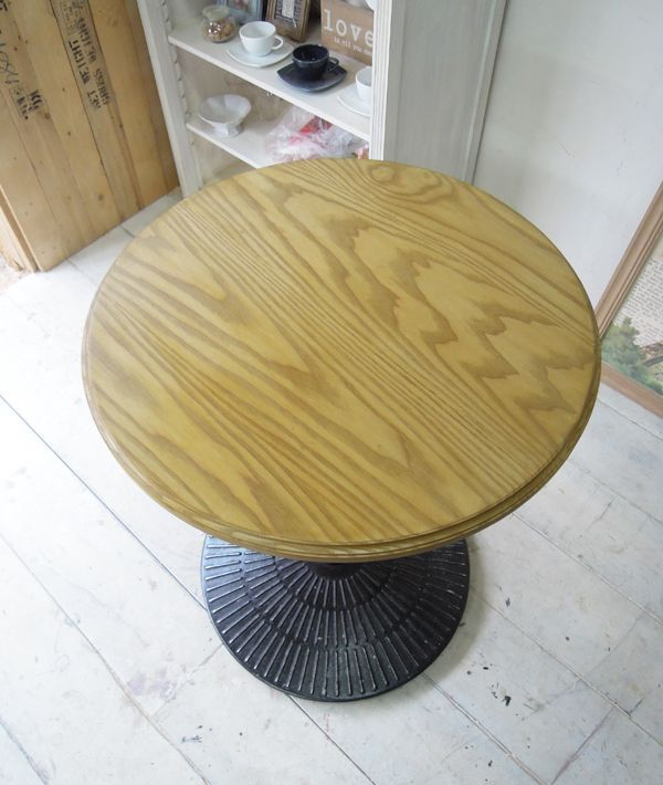 アッシュオーク材無垢天板鉄脚テーブル