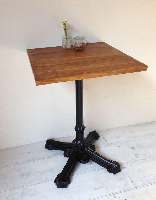 飲食店・カフェの鉄脚テーブル600角、サイズオーダー無垢板パイン