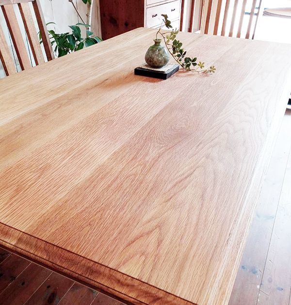 ホワイトオーク無垢材,テーブル,パイン材